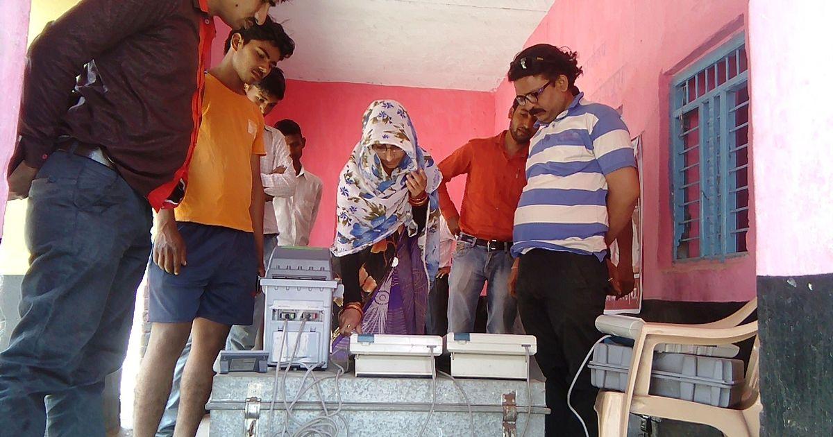 चुनाव आयोग को राहत, जुलाई तक 30,000 वीवीपीएटी मशीनें मिलेंगी