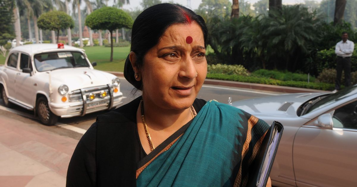 Sushma Swaraj becomes the messiah again, grants medical visa to Pak boy