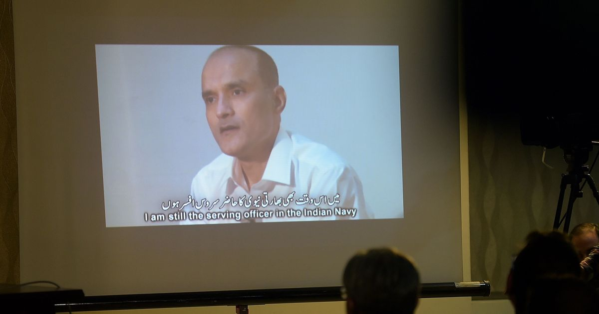 Kulbhushan Jadhav's wife, mother to meet him in Pakistan on December 25