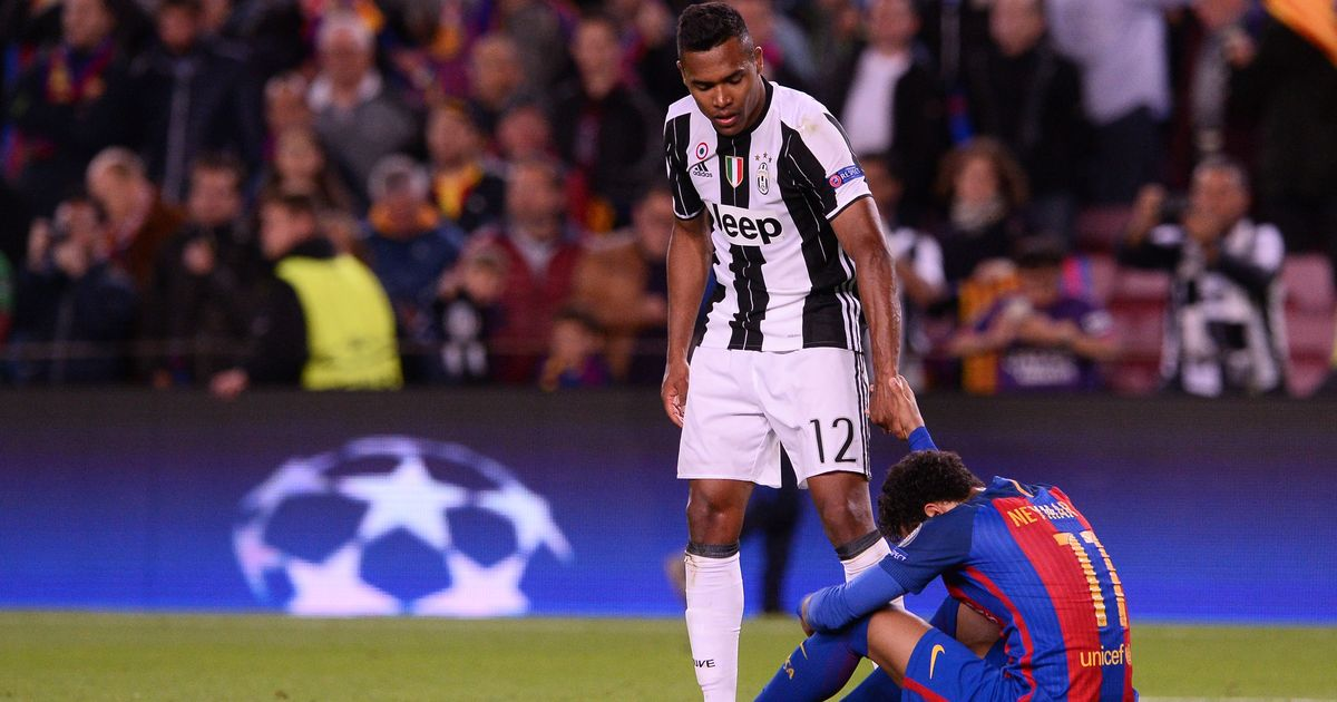 Dani Alves explains what he told Neymar after Barcelona Champions League exit
