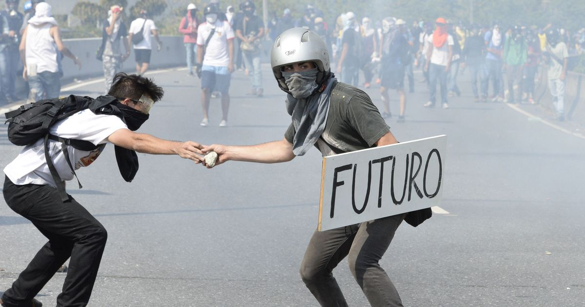 Venezuela: Two more dead, toll in anti-government protests rises to 12 this month