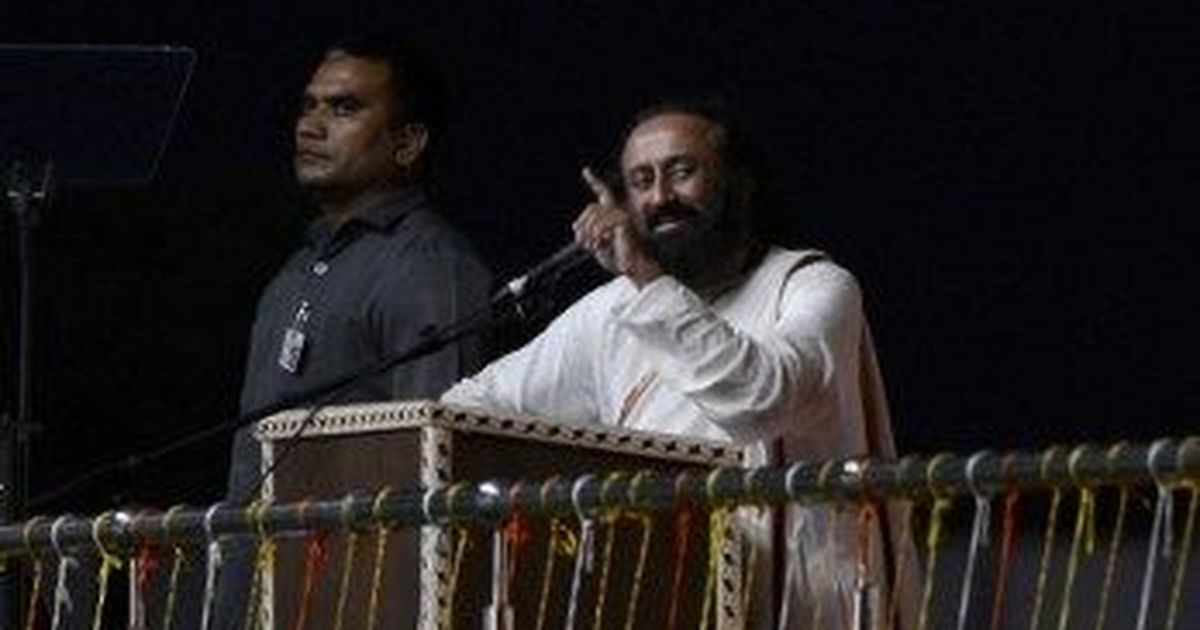 NGT issues contempt notice to Sri Sri Ravi Shankar over comments on Yamuna floodplains