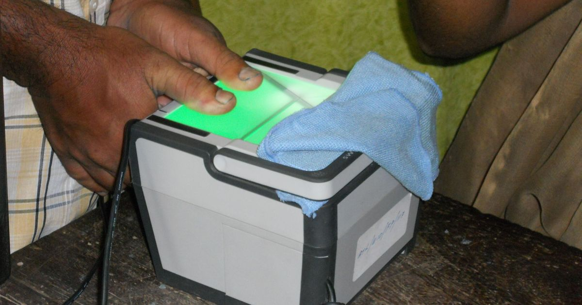 Supreme Court to hear pleas challenging mandatory Aadhaar for government schemes on May 17