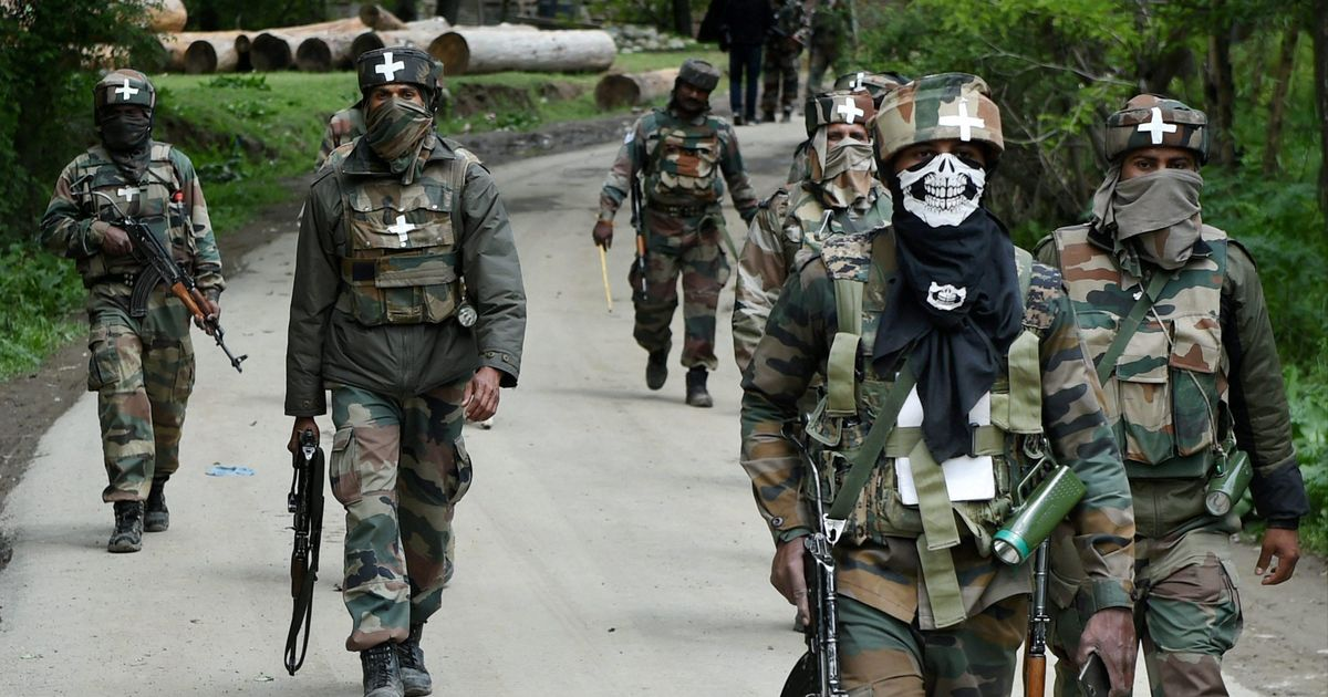 Terrorist, civilian killed in south Kashmir