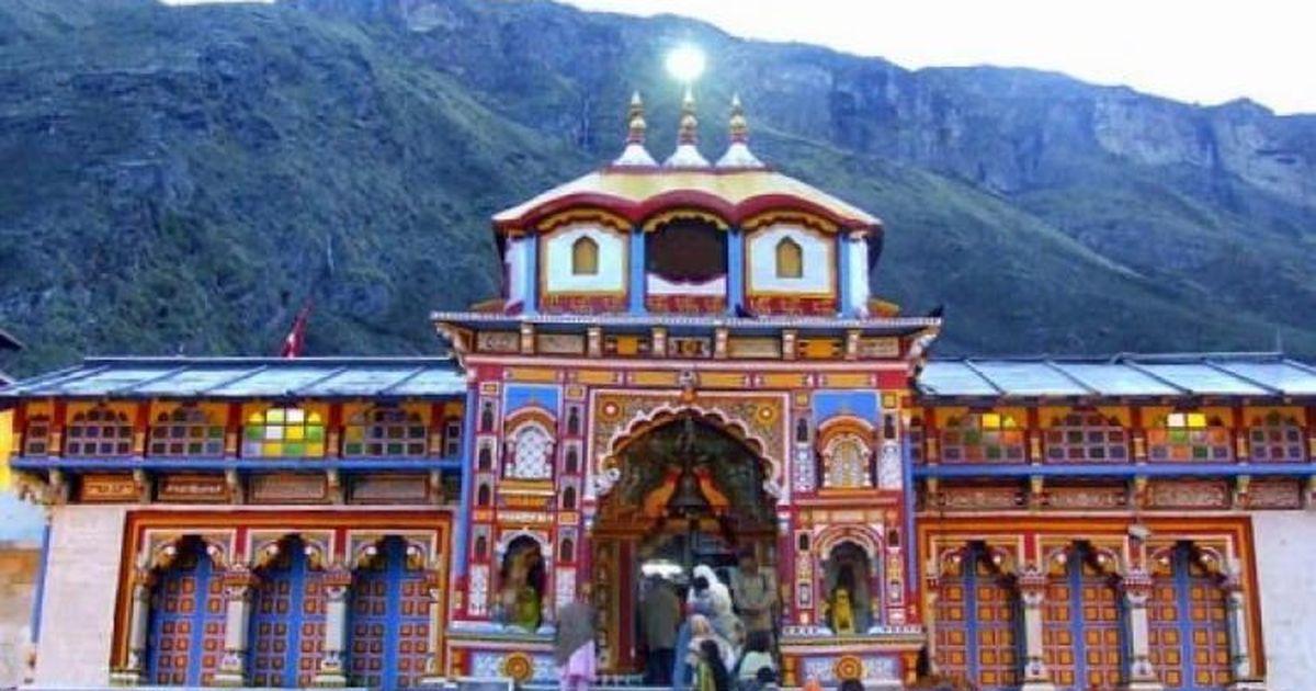 Uttarakhand: Landslide blocks road to Badrinath, thousands of pilgrims stranded