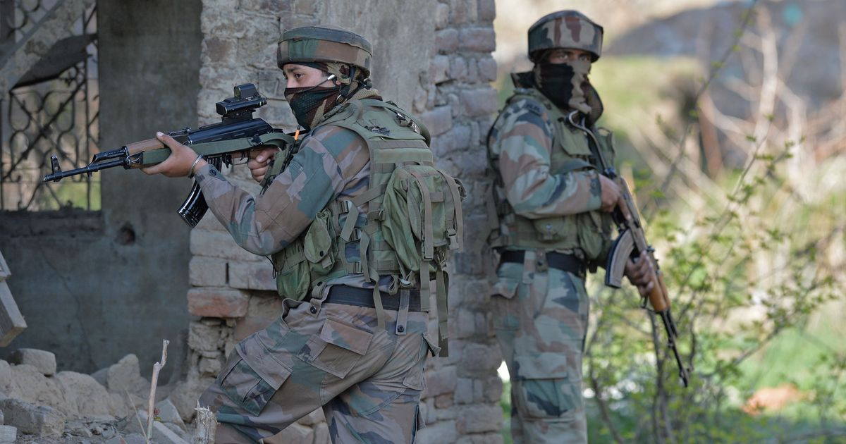 Kashmir: Two Indian Army soldiers killed in ceasefire violation