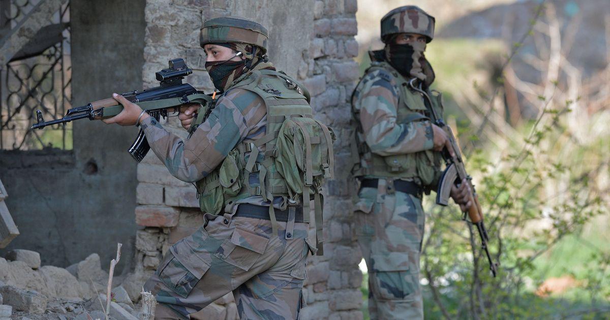 जम्मू-कश्मीर : सुरक्षाबलों के साथ मुठभेड़ में लश्कर का 'ओसामा' ढेर
