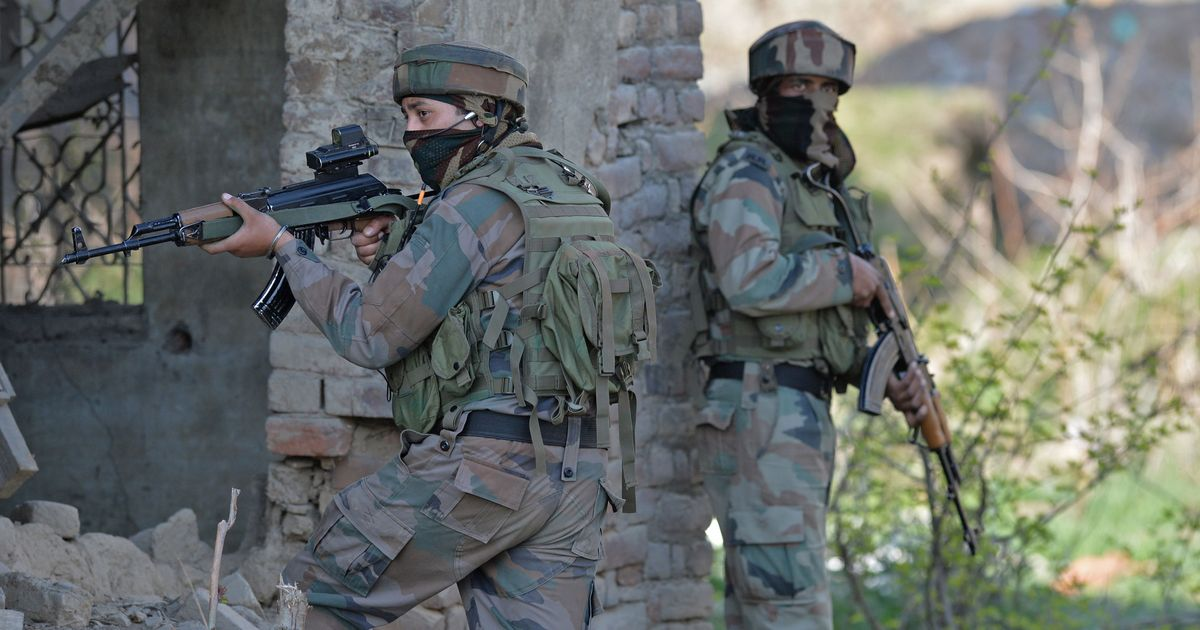 Jammu and Kashmir: Two Pakistani soldiers killed in retaliatory fire in Kupwara, claims Indian Army