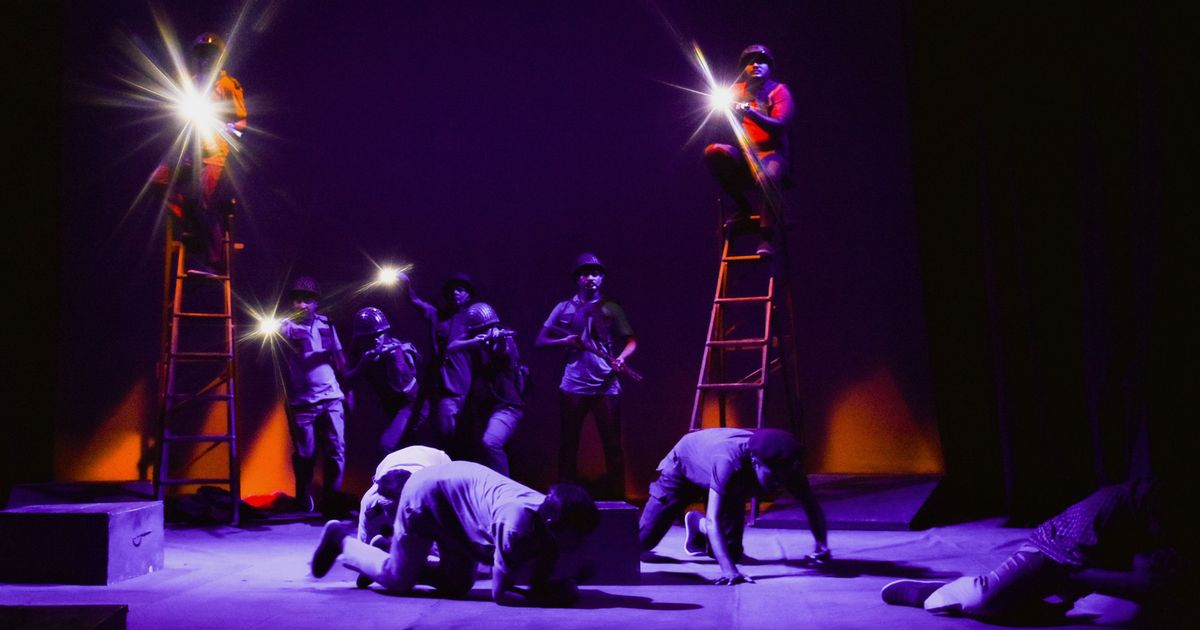 Who is the hero in Bangladesh's history, asks a play under threat of censorship