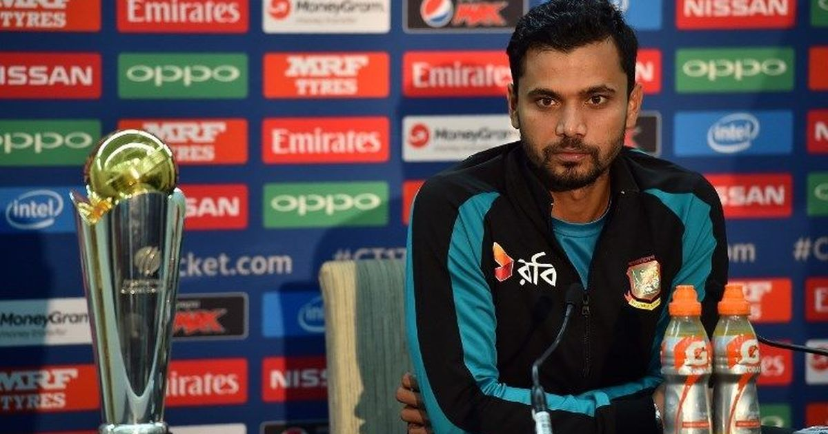 Champions Trophy: Kohli hints at Karthik's inclusion in Playing XI against Pak