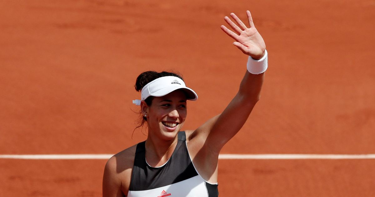 Defending champion Muguruza dethroned, Nadal and Djokovic move forward at Roland Garros