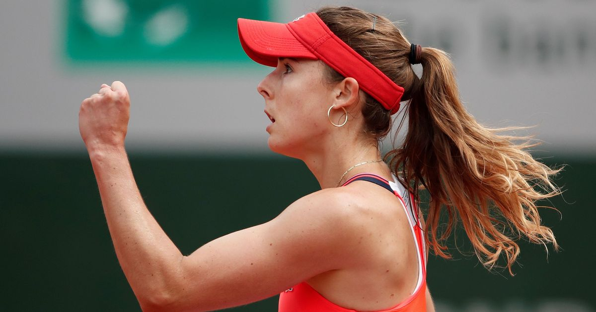 Cornet, Garcia advance in boost for home fans at French Open