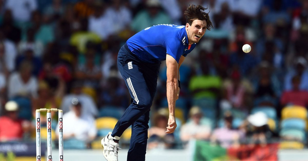 England's Steven Finn ruled out of Ashes with knee injury, no replacement named yet