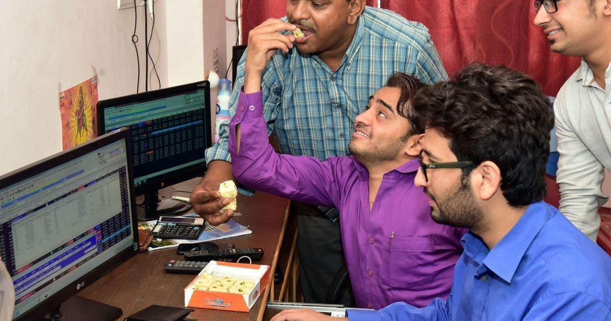 Indian markets rise in afternoon session to close at record highs
