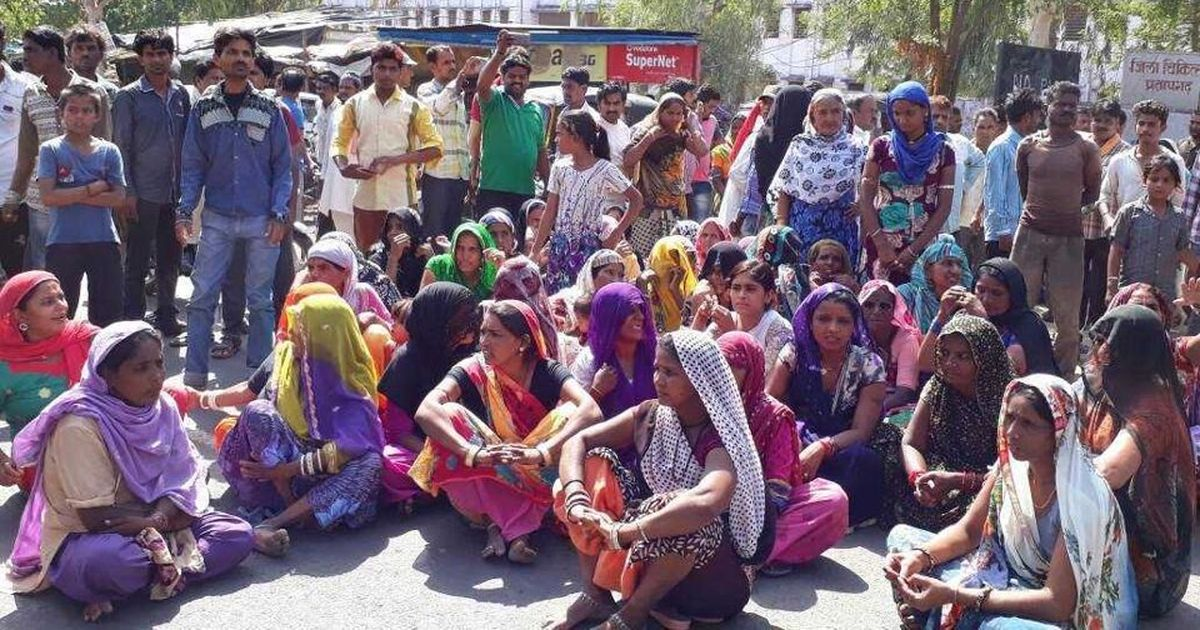 Rajasthan- Activist lynched allegedly for stopping photographing of women defecating