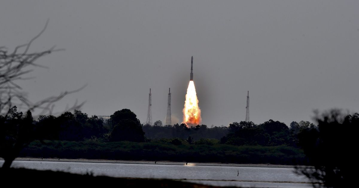 ISRO developing launch vehicle which can assimilate rockets in just three days