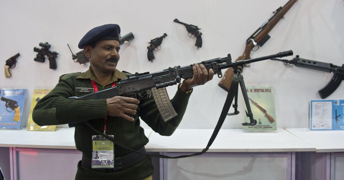 हथियार और रक्षा उपकरण आयात करने के मामले में भारत दुनिया में सबसे आगे : रिपोर्ट