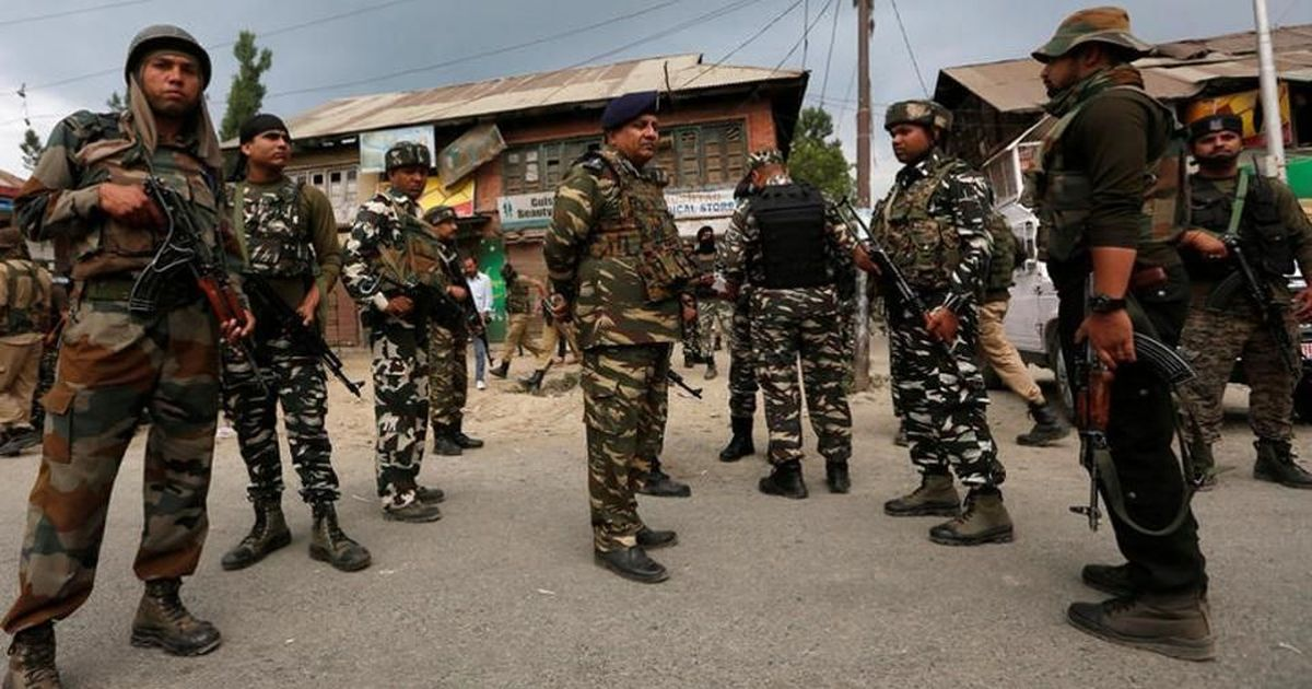 Jammu and Kashmir: Two soldiers, 3 Hizbul Mujahideen militants killed after gunfight in Shopian