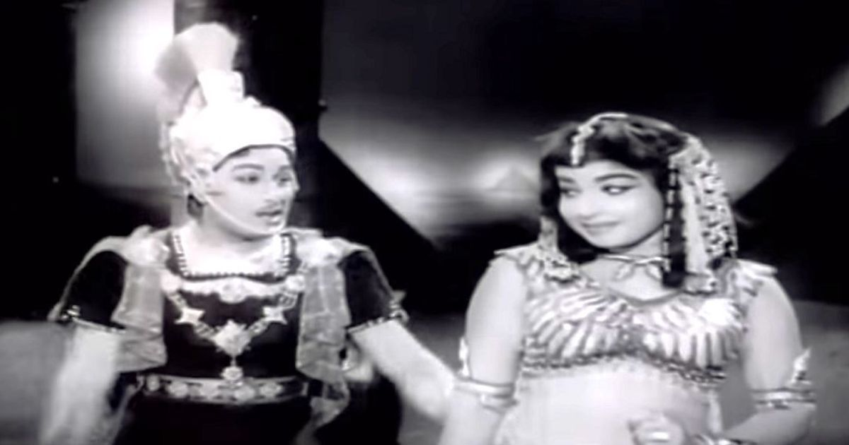 Picture the song: In 'Ninaithen Vandaai', MGR and Jayalalithaa are Antony and Cleopatra