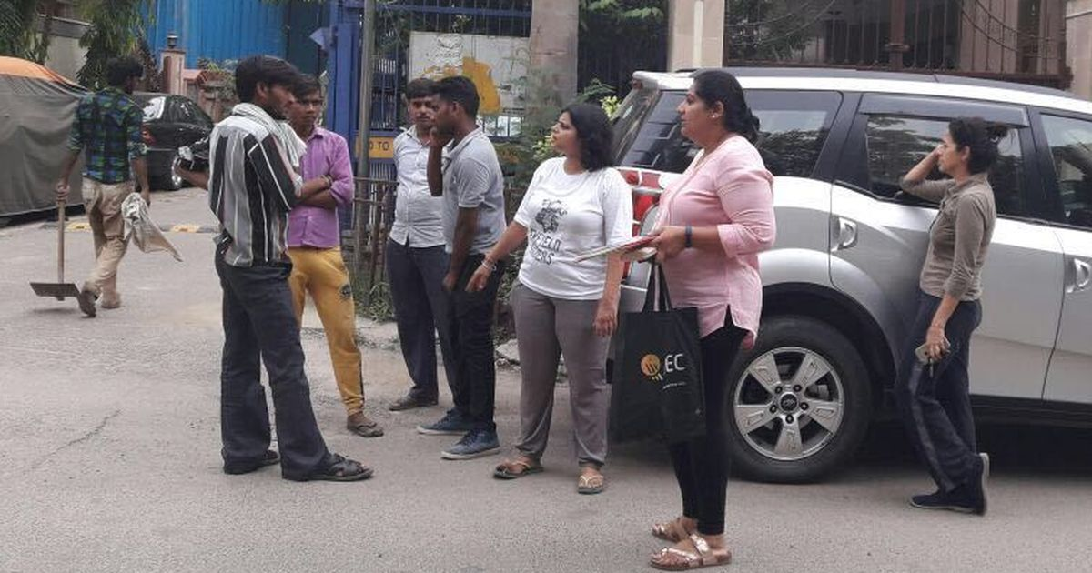 Madams on Cleaning Duty: In South Delhi, an alternative MCD promises to keep streets garbage free