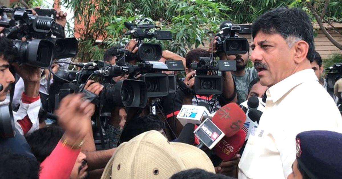 डीके शिवकुमार को जमानत, बिना अनुमति विदेश न जाने और जांच में सहयोग करने का निर्देश