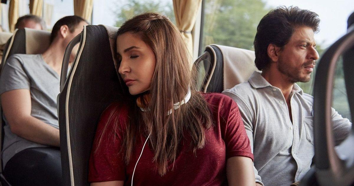 ऐसा लग जरूर रहा है लेकिन शाहरुख खान की केवल फिल्में चूक रही हैं, वे नहीं