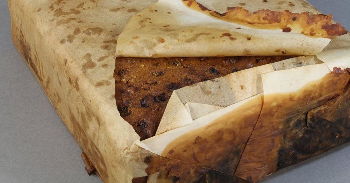 106-year-old fruit cake found in Antarctic hut is 'almost edible', say researchers