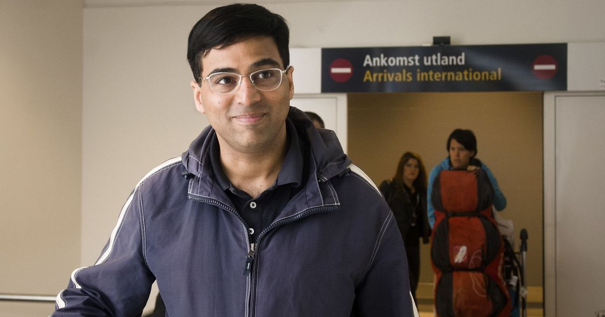 Viswanathan Anand draws with Vachier-Lagrave to remain in joint lead at Sinquefield Cup
