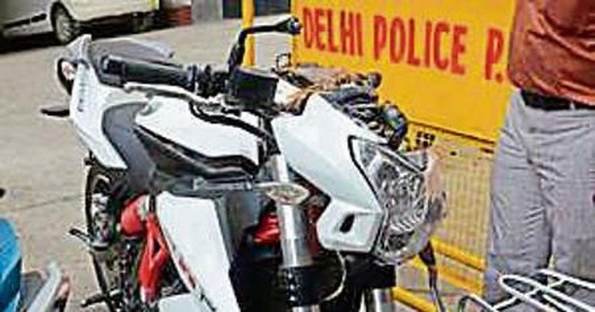 Delhi: 24-year-old dies in bike race at Mandi House area