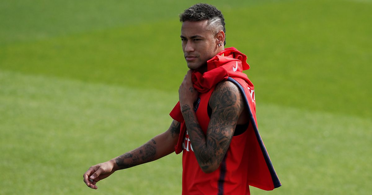 Paris Saint-Germain's Neymar faces three months out after foot surgery