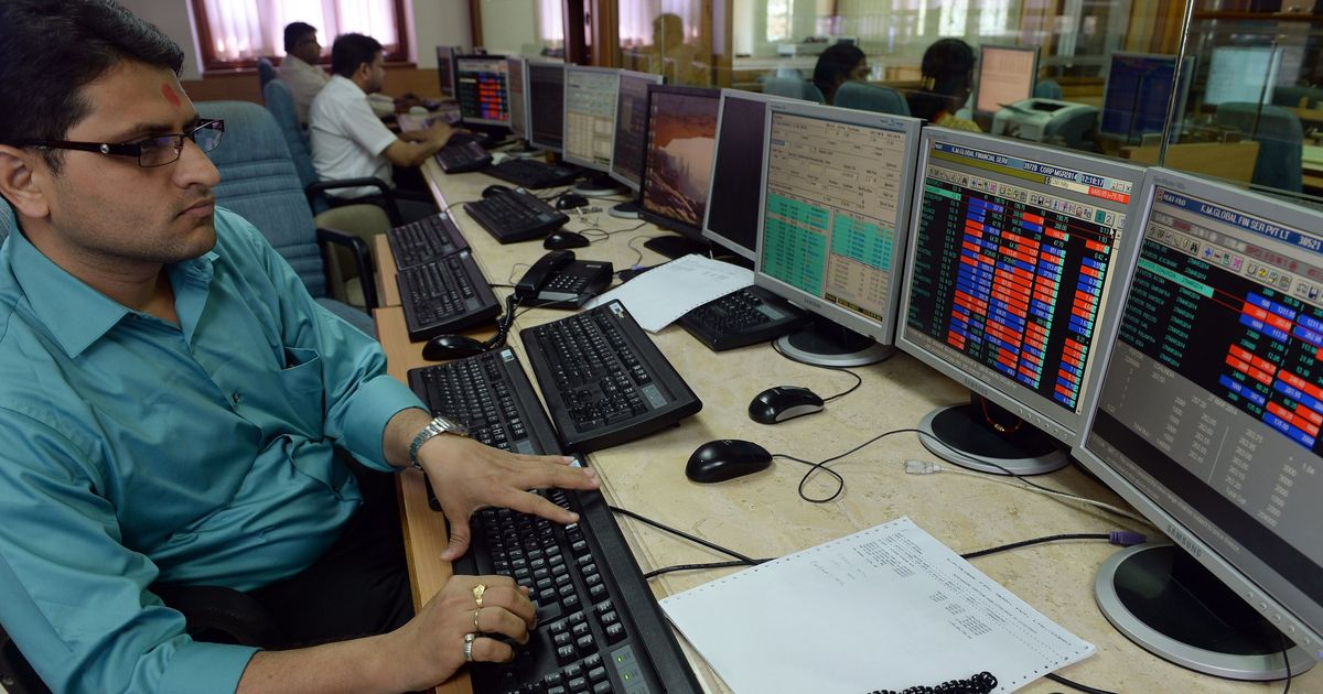 Markets sink on fresh triggers, Sensex crashes 440 points
