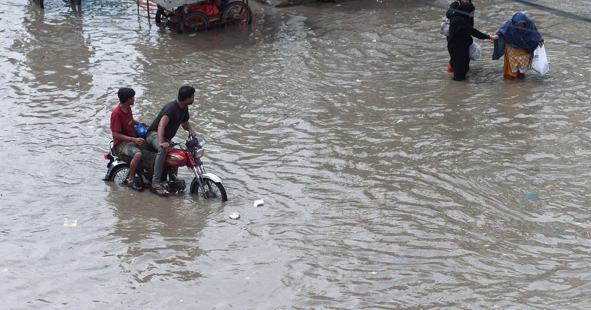 Karachi floods: At least 16 killed, power supply suspended in many areas of the city
