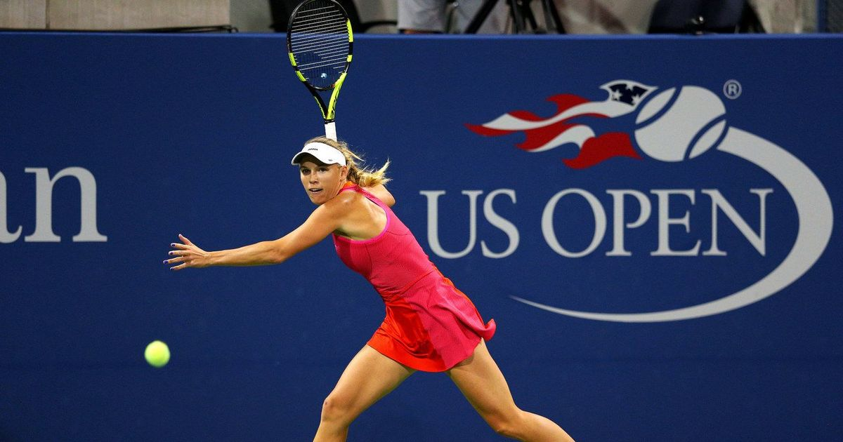 Caroline Wozniacki angry at Maria Sharapova getting to play on centre court