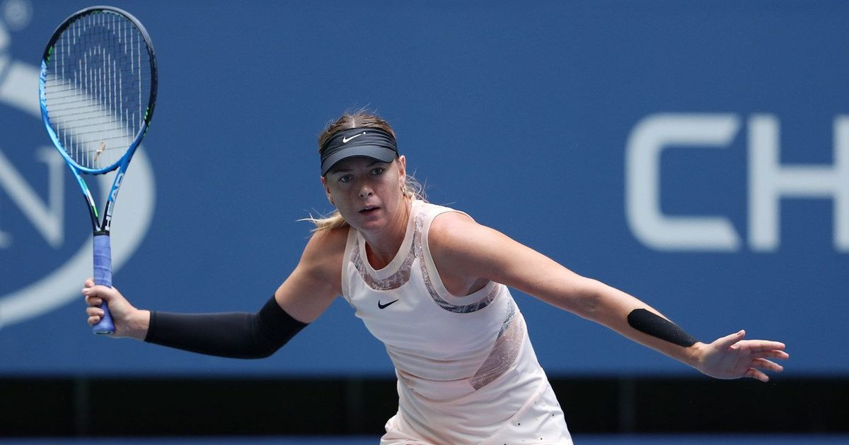 Williams advances, Sharapova ousted at US Open