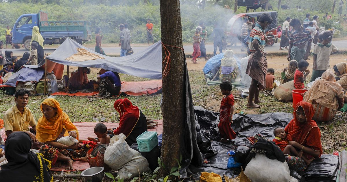 Myanmar's leader blames 'fake news' after Muslims forced to flee country
