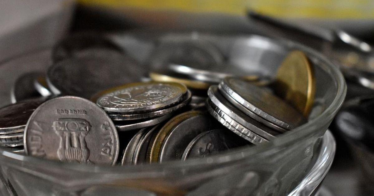 नोटों की किल्लत के इस दौर में भी सिक्कों को इतनी जिल्लत क्यों उठानी पड़ रही है?