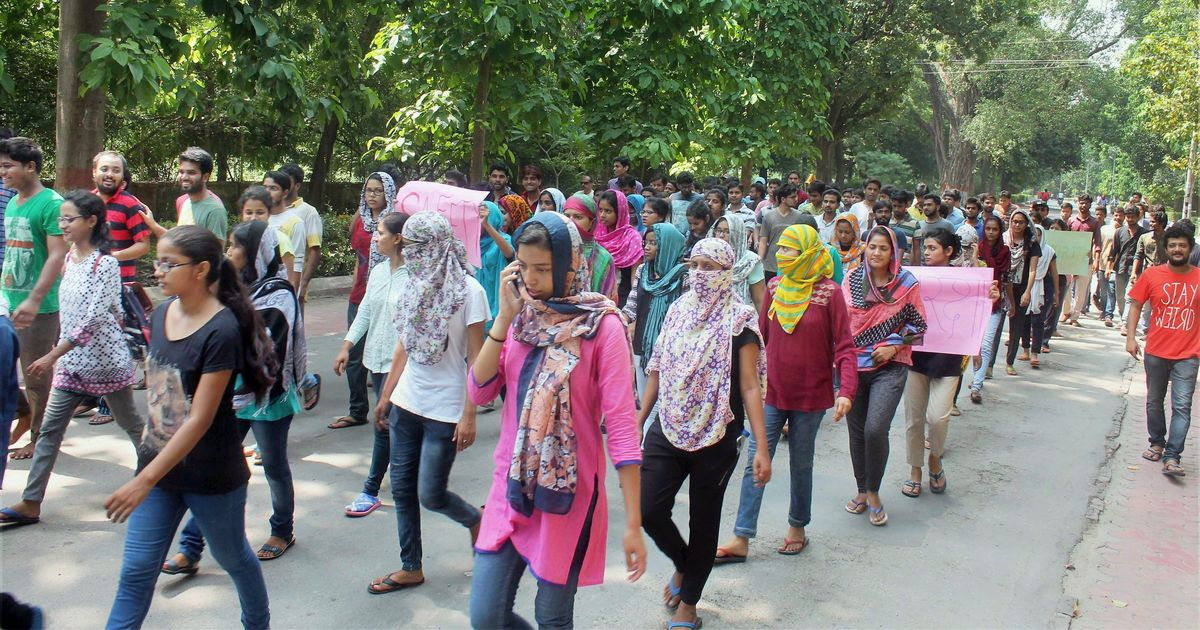 Banaras Hindu University protests: Civil society members condemn police action against students
