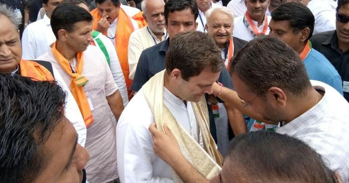 Rahul Gandhi kicks off Congress' election campaign in Gujarat on a bullock cart