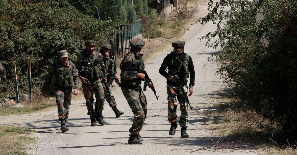 जम्मू-कश्मीर : हंदवाड़ा के पास तीन आतंकी मार गिराए गए