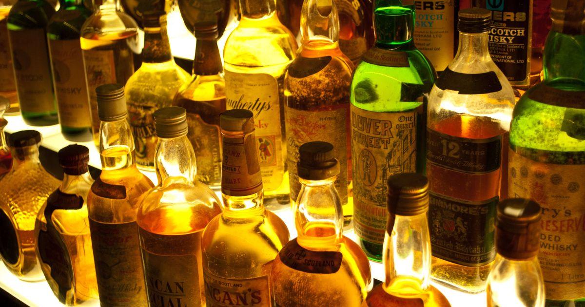 शराबबंदी के बावजूद गुजरात में 10 लाख लीटर शराब बरामद होने सहित आज की प्रमुख सुर्खियां