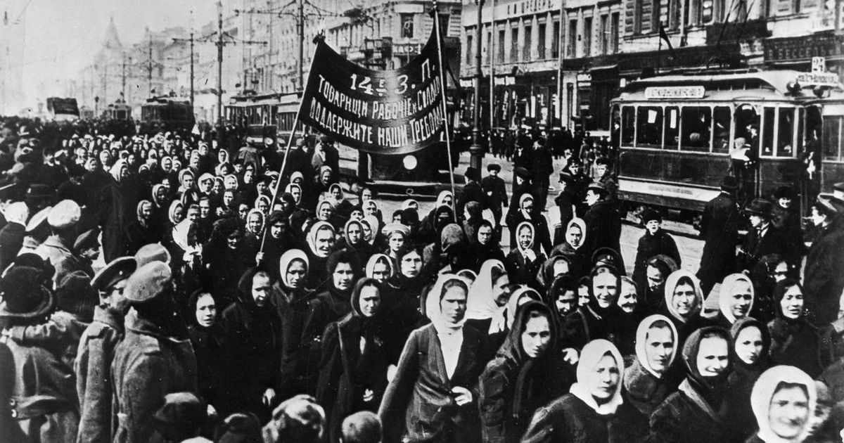 women russian revolution 20th-century international relations: the russian revolution while britain, france, italy, germany, austria-hungary, and turkey all survived their crises of 1917 and found the.