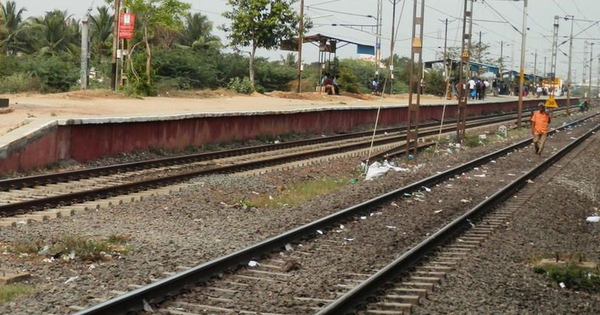 मंत्रिमंडल की मंजूरी के बाद भी मोदी सरकार चीन सीमा पर चार रेल लाइनें क्यों नहीं बिछा पा रही?