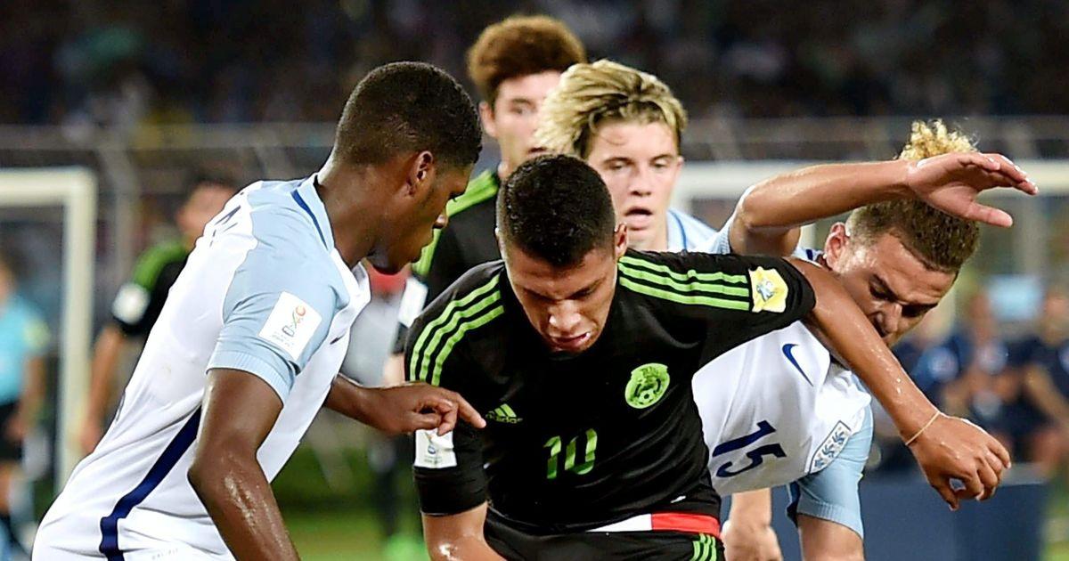Fifa U-17 World Cup: England pip Mexico to seal last 16 berth