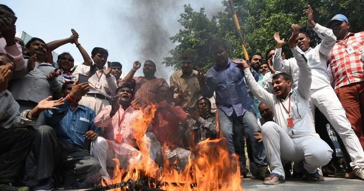 East Delhi stares at garbage crisis as sanitation workers begin another indefinite strike