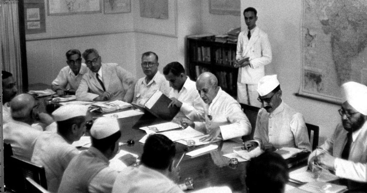 कैसे पंचवर्षीय योजनाओं ने हिंदुस्तान की आर्थिक बुनियाद को टेढ़ा कर दिया
