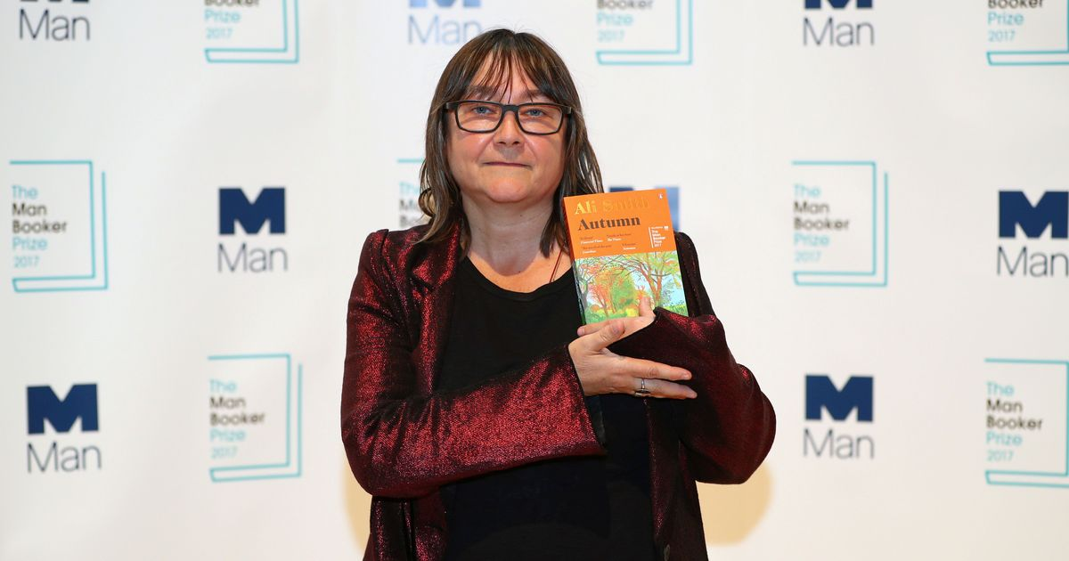 The serendipity of reading 'Autumn' in autumn makes up for Ali Smith's not winning the Man Booker