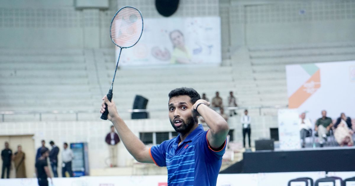 Saina Nehwal, HS Prannoy pick up titles with fighting wins