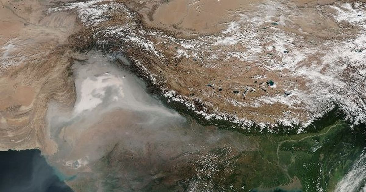 Delhi could blame location, wind flow, Himalayas for its terrible air  – or it could blame itself