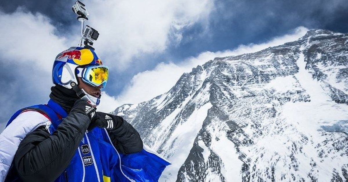 Russian extreme sportsman Valery Rozov dies in base jumping accident at Everest region
