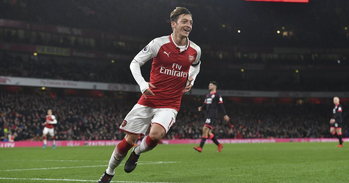 'So much love': Ozil thanks Arsenal fans for backing him after Germany racism row